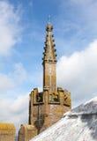 Geschnitzter Helm auf Kontrollturm der Ludlow Gemeindekirche Stockfoto