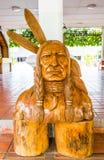 Geschnitzter Indianer Lizenzfreie Stockfotos