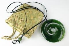 Geschnitzter Jade-Anhänger Stockbild