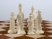 Geschnitztes chinesisches Schach-Set - weiße Stücke Stockbilder