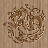 Geschnitztes hölzernes keltisches Symbol Stockfoto