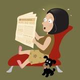 Geschokte vrouw die het nieuws van vandaag leest Royalty-vrije Stock Afbeelding