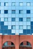Geschossen vom modernen Gebäude lizenzfreie stockfotografie