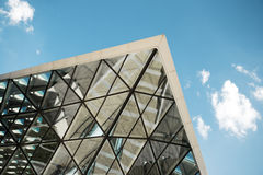 Geschossen vom modernen Gebäude stockfotografie