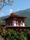 Geschossen vom Punakha Dzong in Bhutan Stockfotos