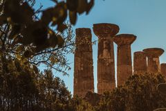 Geschossen vom Tempel von Herkules stockbild