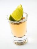 Geschossen vom Tequila und vom Kalk Lizenzfreie Stockbilder
