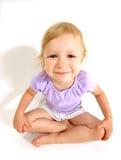 Geschossenes Weitwinkel des kleinen Mädchens Stockfotos