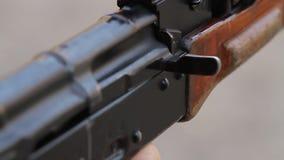 Geschoten van AK stock video