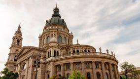 Geschoten van St Stephen's Basiliekkerk in Boedapest royalty-vrije stock foto
