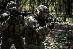 Geschotene militairen op militaire opdracht Royalty-vrije Stock Foto