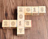 2016 2017 2018 geschreven met houten blokken Royalty-vrije Stock Afbeeldingen