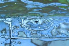 Geschuurde staaloppervlakte met klinknagels blauwe en groene kleur Royalty-vrije Stock Afbeeldingen