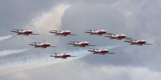 Geschwader der Luftwaffe im Himmel während Kanada-Tages Stockbild