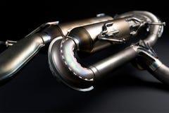 Geschweißtes Metallautomobilschalldämpfer Stockfoto