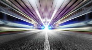 Geschwindigkeit im städtischen Tunnel stockbilder