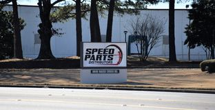 Geschwindigkeits-Teil-Verteiler, Memphis, TN lizenzfreie stockbilder