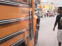 Geschwindigkeitsbild, Schulbus lizenzfreie stockfotos