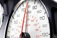 Geschwindigkeitsmesser bei 80 MPH Lizenzfreie Stockbilder