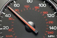 Geschwindigkeitsmesser bei 50 MPH Lizenzfreies Stockfoto
