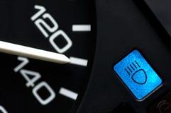 Geschwindigkeitsmesser mit heller Steuerung des Lichtstrahls stockbilder