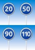 Geschwindigkeitsverkehrs-Straßenbrett Lizenzfreie Stockfotos