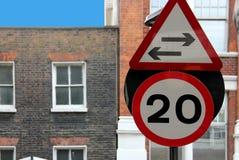 Geschwindigkeitszeichen 20 Meilen pro Stunde Grenze Lizenzfreie Stockbilder