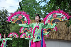 Gesellschaft für koreanische Tanz Ausbildung + Hata Lizenzfreies Stockbild