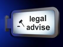 Gesetzeskonzept: Legal raten Sie und Hammer auf Anschlagtafelhintergrund Stock Abbildung
