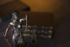 Gesetzesthema Blindes Gerechtigkeitssymbol - Themis Stockbild