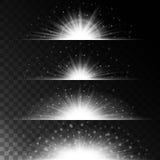 Gesetzte realistische Lichteffekte Glühender Stern Licht und Funkeln auf einem transparenten Hintergrund Glänzende Grenze magisch Stockfotos