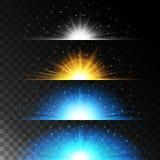 Gesetzte realistische Lichteffekte Glühender Stern Licht und Funkeln auf einem transparenten Hintergrund Glänzende magische Grenz Stockfotos