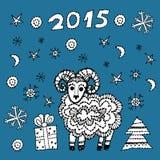 Gesetzte Schafe des Symbols 2015 des neuen Jahres, Fichte, Schneeflocken Lizenzfreie Stockfotografie