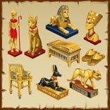 Gesetzte Statuen des Ägypters gemacht vom Gold, acht Einzelteile Stockbilder