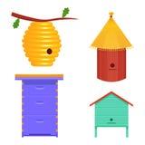 Gesetzte Vektorillustration des Bienenstocks Bienenstock lokalisiert auf weißem Hintergrund Stockbilder