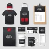 Gesetzter Flieger des Vektorrestaurant-Cafés, Menü, Paket, T-Shirt, Kappe, einheitliches Design Stockfotografie