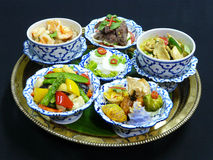 Gesetztes Menü des thailändischen Lebensmittels Stockfotos