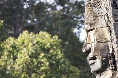 Gesicht am Bayon Tempel, Profil Lizenzfreie Stockbilder
