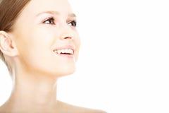 Gesicht der jungen Frau des Schönheitsnahaufnahmeportraits Stockbild
