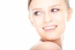Gesicht der jungen Frau des Schönheitsnahaufnahmeportraits Lizenzfreies Stockfoto
