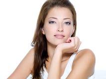 Gesicht einer reizvollen schönen jungen Frau Lizenzfreies Stockbild