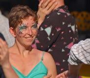 Gesicht gemalt für französisches Viertel Fest Lizenzfreies Stockbild