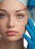 Gesicht vor Schönheitsoperationoperation lizenzfreie stockfotos