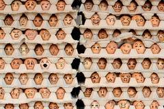 Gesichter auf den Eiern Lizenzfreies Stockbild