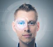 Gesichtsüberprüfungsmann Stockfotografie