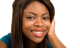 Gesichts-Nahaufnahme einer schönen Afroamerikaner-Dame Stockfotos