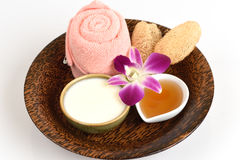 Gesichtsmaske mit Jogurt und Honig stockfotos