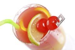 Geslacht op het strand, cocktail Stock Afbeeldingen