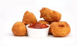 Geslagen Fried Chicken met Saus Royalty-vrije Stock Foto