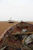 Gesloopte vissersboot stock foto's